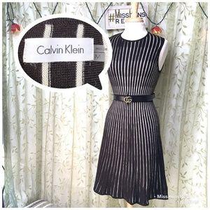 EUC CALVIN KLEIN BLACK WHITE BAR CODE MIDI DRESS